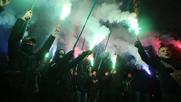 Пустыня от «шпрехен-фюреров». Говорить по-русски на Украине станет преступлением