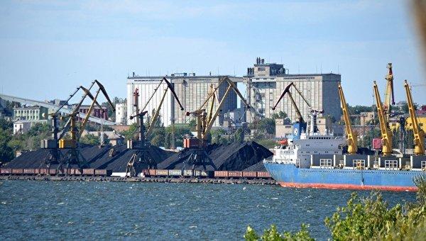 Приватизация Николаевского морского порта: Украина стреляет себе в ногу