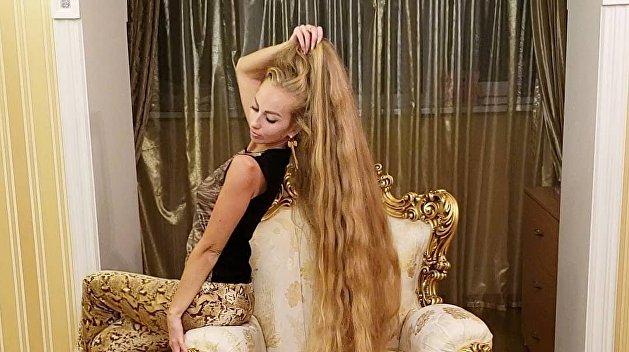 Алёна-краса, двухметровая коса: Одесситка не стригла волосы почти 25 лет и шокировала результатом