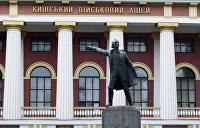 Подло, жестоко, немудро: Киевляне о сносе памятника Суворову