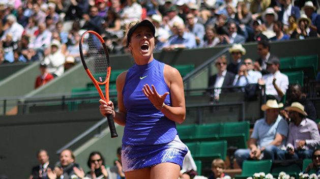 Украинка Свитолина вышла в полуфинал итогового турнира WTA, обыграв теннисистку из Румынии
