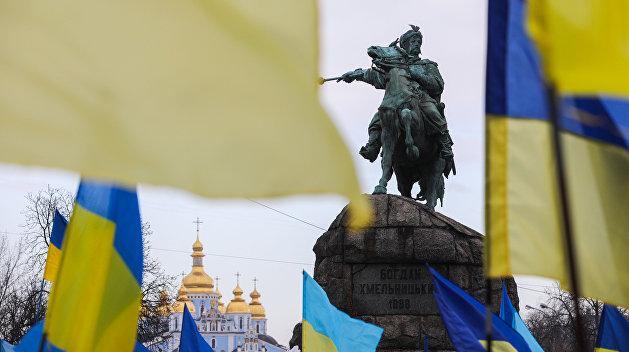 Бортник описал сценарий раздела Украины