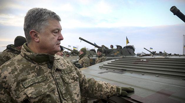 Бывшие свои: Кто и зачем слил компромат на людей Порошенко