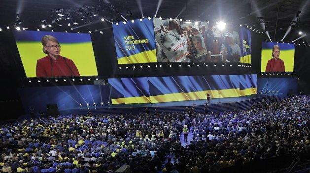 Обещать всем всё и сразу. Как Тимошенко рвется к власти на Украине