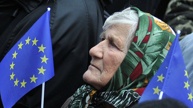 Политолог: ЕС не примет Украину, потому что там нарушаются религиозные и языковые права граждан