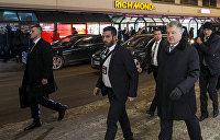 Изображая жертву. Кто 11 раз покушался на президента Украины Порошенко?