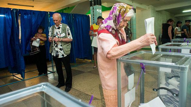 На Украине хотят лишить пенсионеров права голоса