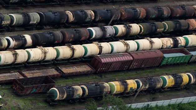 Украина запретила въезд российских железнодорожных цистерн