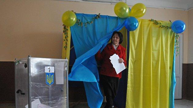Канада пообещала Украине денег на честные выборы и уже прислала наблюдателей