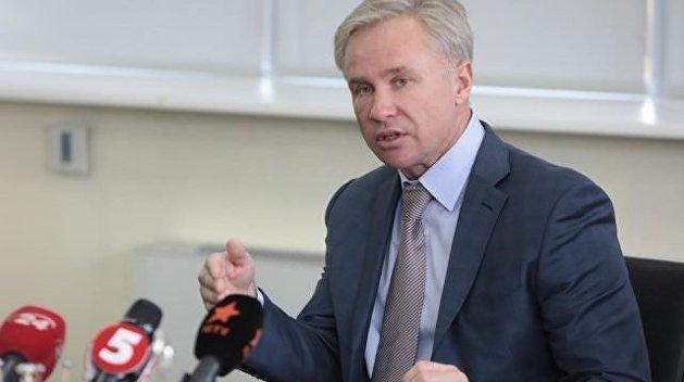 Олигарх-советник Порошенко скупил на Украине самые дорогие электромобили