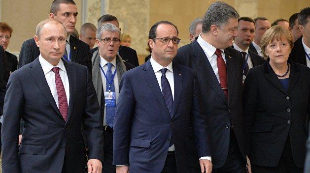 В Кремле и на Банковой оценили «тайный» разговор Путина и Порошенко