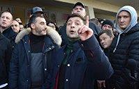 Опрос: Зеленский снова не замечает своих конкурентов