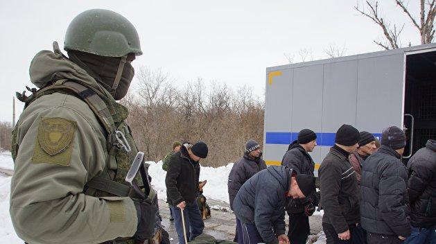 Задержанный на Украине севастополец возвращается домой после обмена