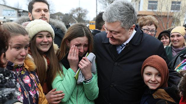 Украину признали самой неблагополучной страной для детей в регионе