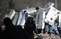 «Клоунада власти»: Корнейчук рассказал, почему Порошенко не выгодно расследовать дела по Майдану