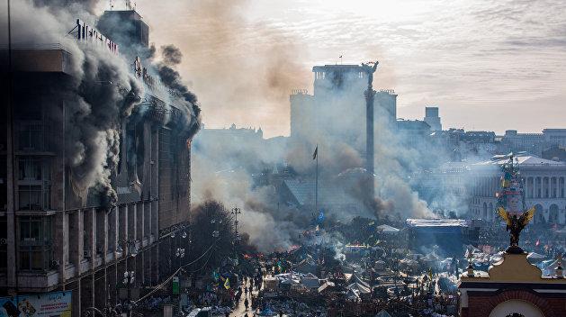Пять лет госперевороту: почему Янукович не разогнал Майдан
