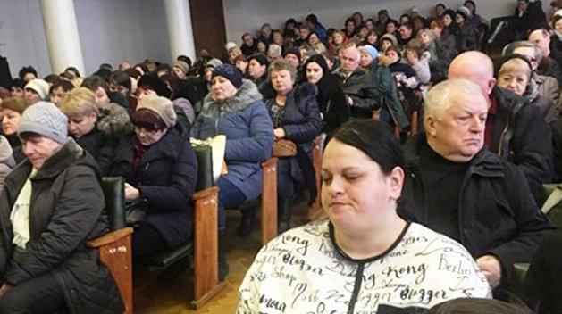 Для кого закон не писан? Газета.dp.ua рассказала, как «порошенковские политинформации» в Днепре стали нормой