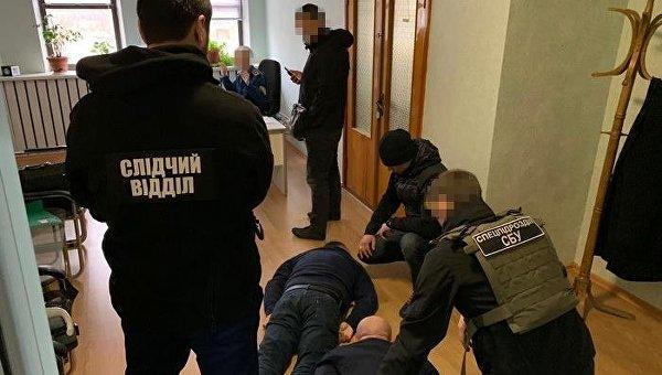 СБУ против полиции. Предвыборная «война мастей и погон»
