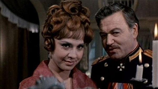 Как при помощи Высоцкого и фиги в кармане советская интеллигенция фрондой в кино занималась