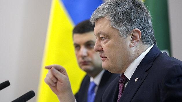 Порошенко отстранил Гладковского от должности первого замсекретаря СНБО