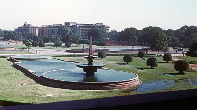Из-за конфликта Индии с Пакистаном 14 украинцев застряли в Дели — МИД страны
