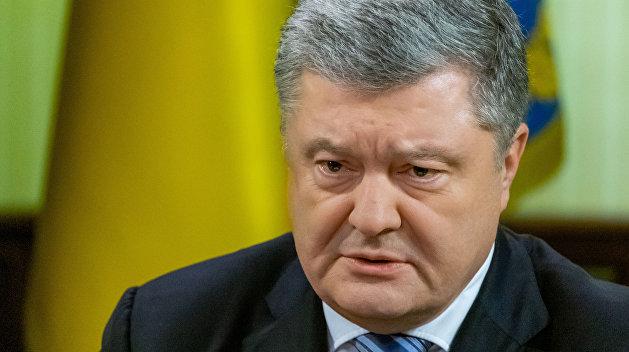 «Даже он»: Внук Порошенко чуть не порвал бюллетень украинского президента