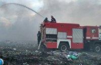 Спасатели ликвидировали пожар на свалке в Черновицкой области