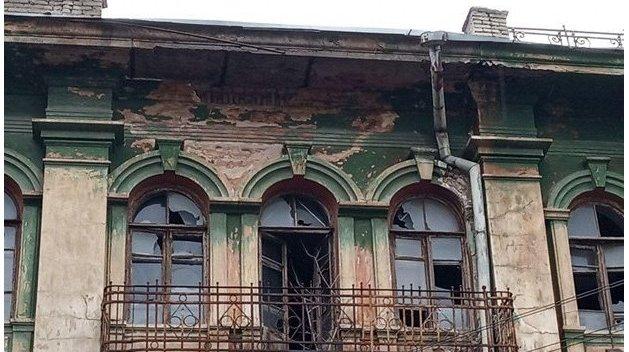 Рушится на глазах: заколдованный дом на Чапленко вот-вот рухнет — Vgorode.ua