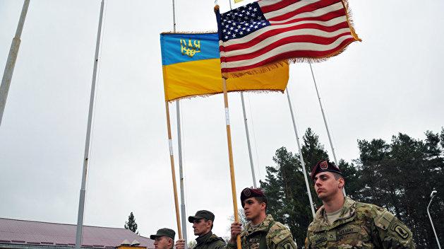 Америка разминает Украину перед боем
