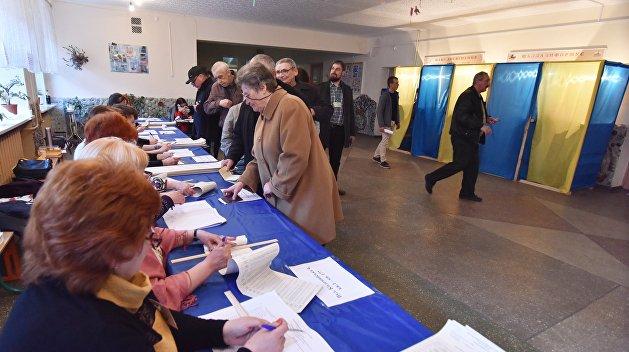 «Все готово, шеф»: В Киевской области до конца выборов нашли подписанные протоколы