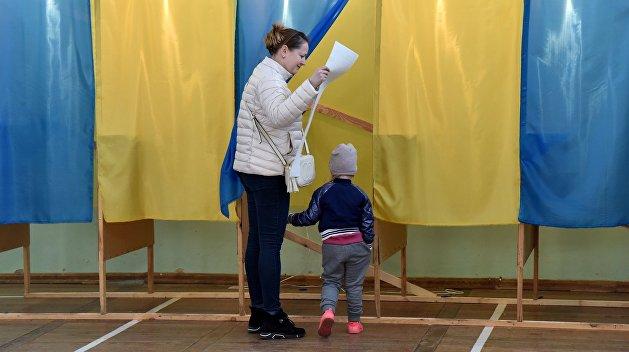 Герой Украины, учитель и журналист: Мажоритарщики от «Слуги народа» в Житомирской области