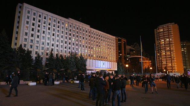 ЦИК: После обработки 0,71% протоколов Порошенко и Тимошенко ведут борьбу за второй тур