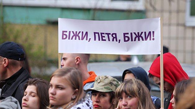 Онищенко рассказал о делах, где фигурирует Порошенко