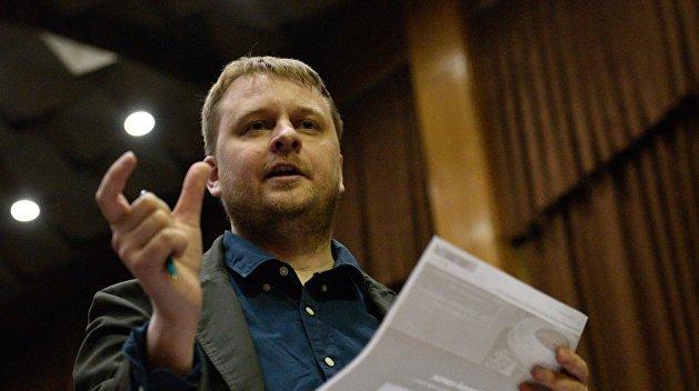 Гибкость адвоката Хилько. Позавчера иск против Зеленского, сегодня — поздравления