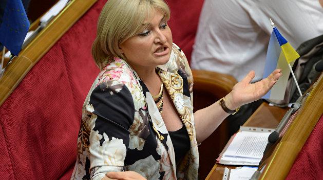 Луценко: Украина потеряет миллиарды из-за введения визового режима с РФ