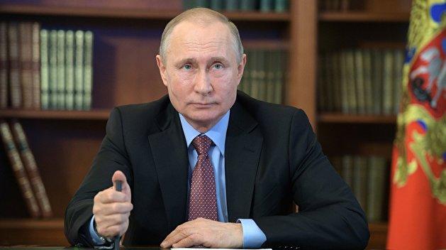 Путин продлил продуктовое эмбарго на еще один год