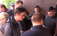 Прощай, Украина: первый день оформления паспортов РФ для Донбасса