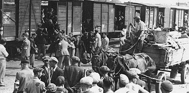 Депортация крымских народов. Чем татары, болгары, армяне и греки прогневали Берию и Сталина