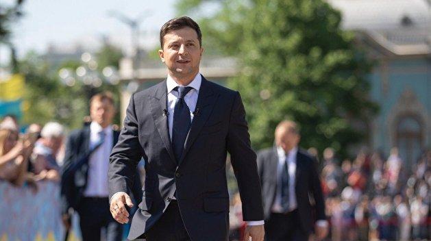 Зеленский попросил Парубия провести заседание Рады для внесения изменений в закон о выборах