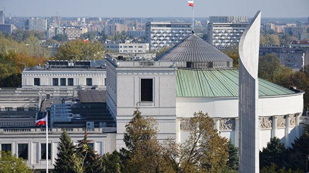 Польский сенат разрешил пропаганду украинского и литовского национализма