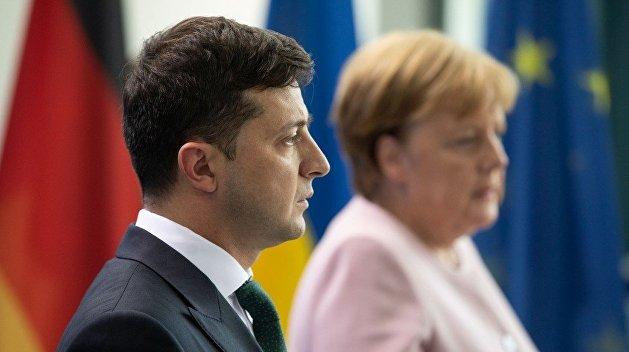 Корнилов рассказал, как Зеленский опозорился перед Меркель и Макроном