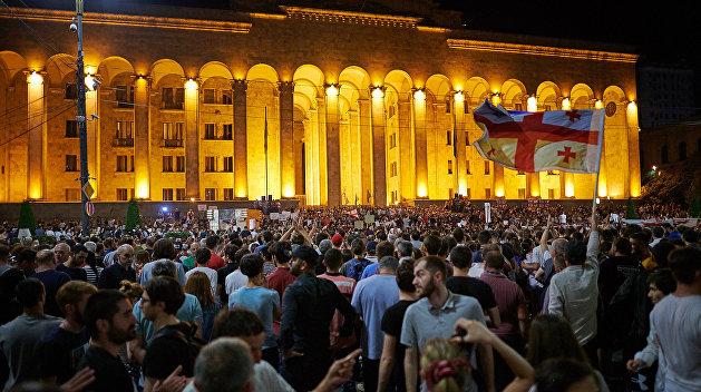 Стало известно, на какие уступки протестующим пошли грузинские власти