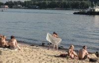 В Луганской области почти 30 человек попали в больницу после похода на пляж
