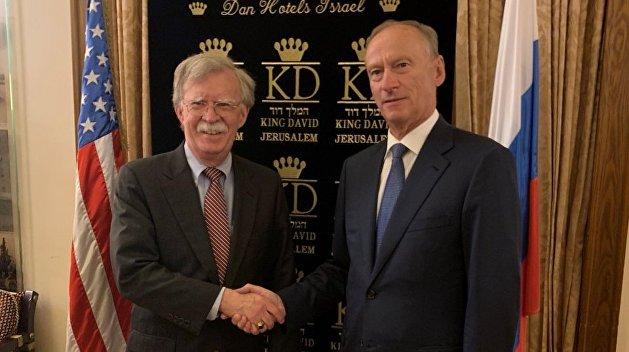 Болтон с Патрушевым обсудили ситуацию на Украине