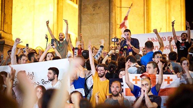 Украинский след в Тбилиси. Что на самом деле предшествовало протестам в Грузии