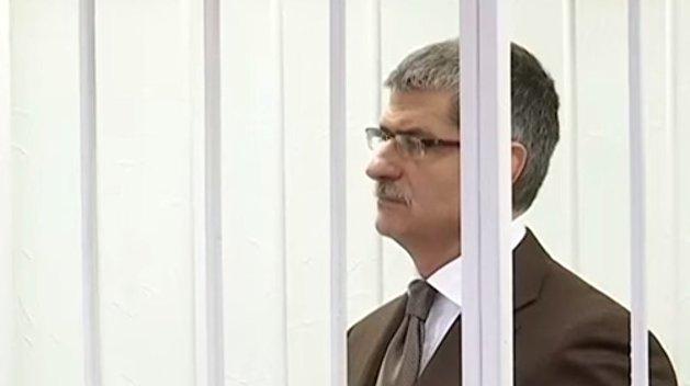 Дело Щеголева: обвиняемого в расстреле Майдана генерала СБУ суд отпустил домой