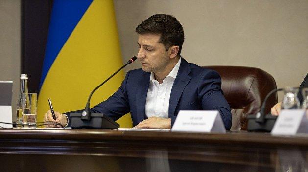 Осваивали и покрывали: Зеленский рассказал о коррупции в сфере оборонных закупок