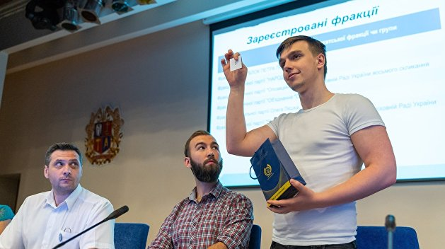 Кто есть кто в избирательном бюллетене партий Украины на досрочных парламентских выборах