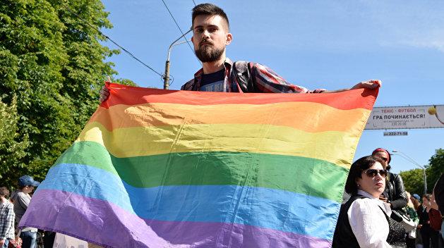 ЛНР: Провинившихся бойцов ВСУ отправили на гей-парад
