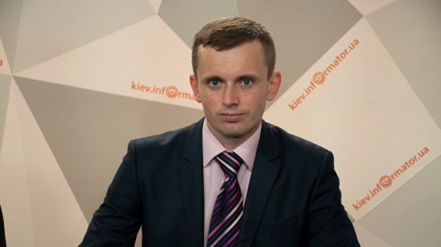 Руслан Бортник: Отставка Разумкова - это борьба за президентский пост